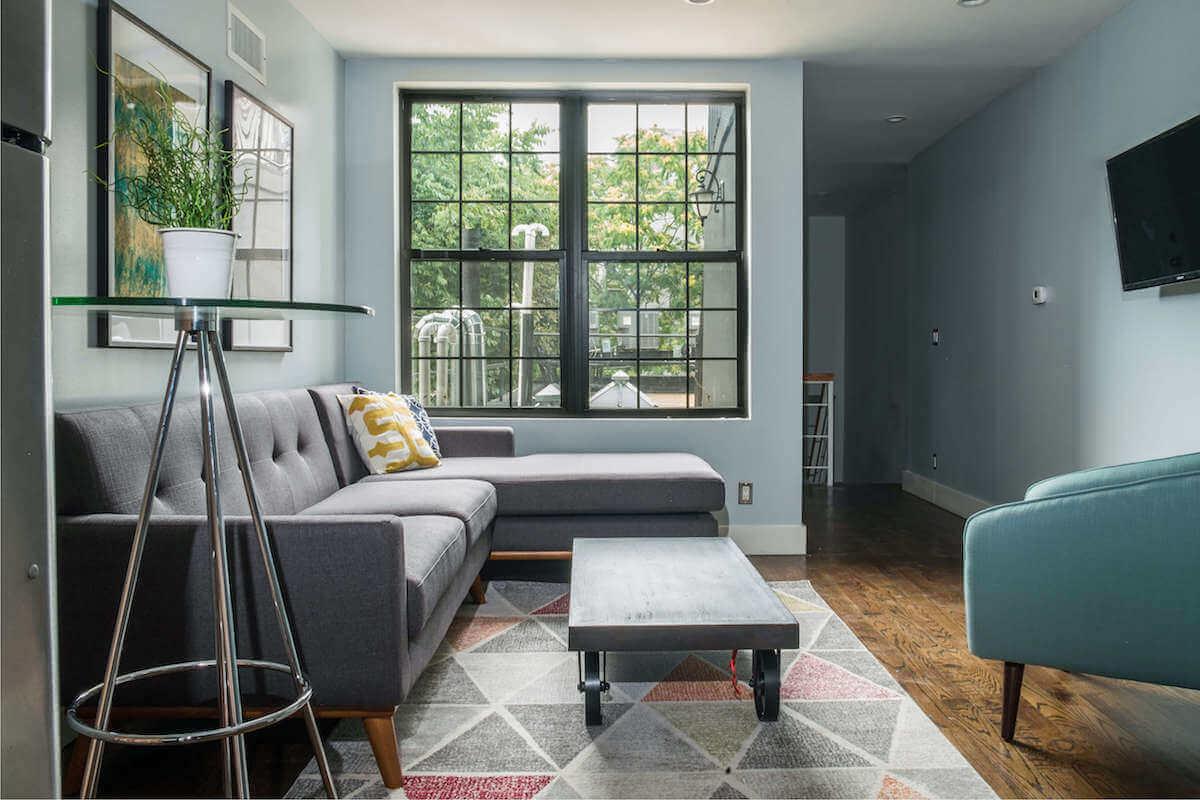 Cool Mid Century Modern Living Room